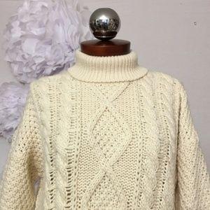 Vintage 90's Irish fisherman sweater chunky turtle
